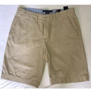 Tommy Hilfiger Classic Fit Khaki Shorts Size 34